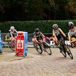 KNWU wielerwedstrijden in Calfven (Ossendrecht)